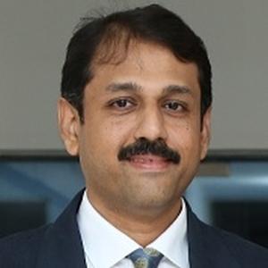 Mr. Naveen Narayan